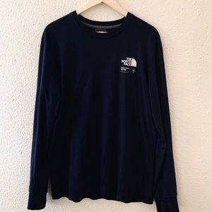 "Urban Outfitters ""The North face"" long sleeve"
